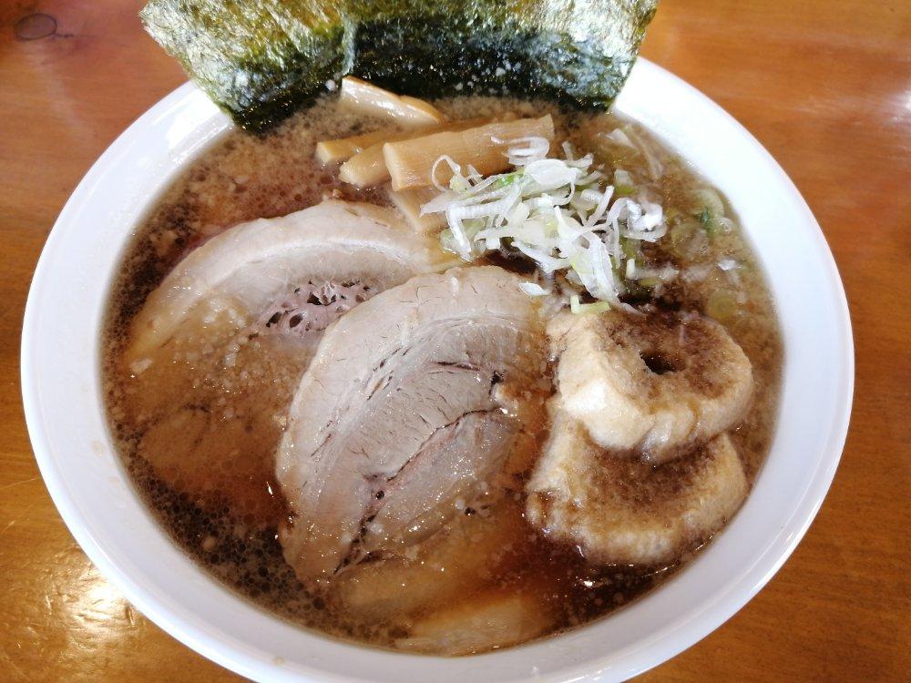 名取市麵屋食堂はなふじの醤油チャーシュー麺