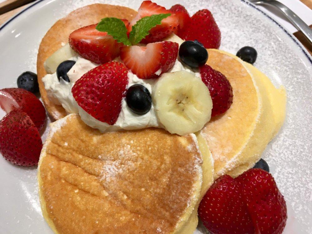 奇跡のパンケーキ フレッシュフルーツ