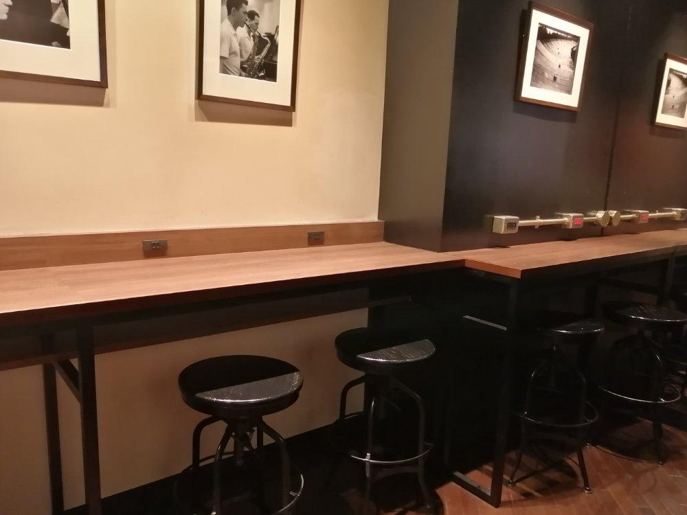 上島珈琲店 仙台一番町店のカウンター席