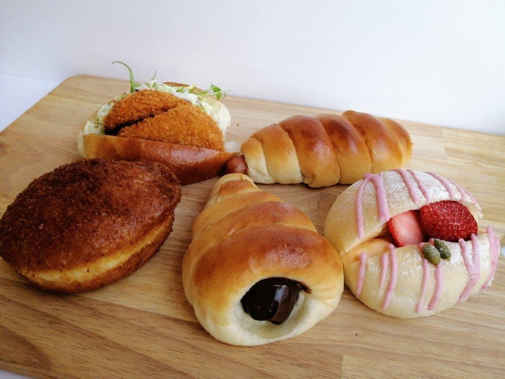泉崎えとふぇのパン