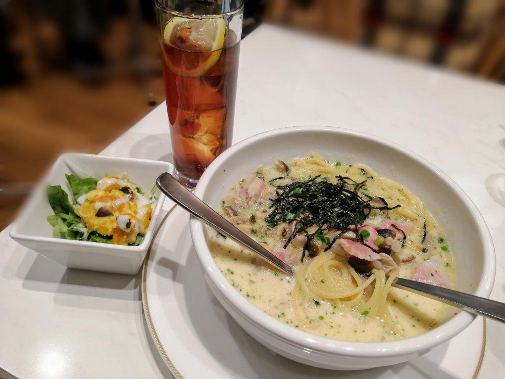 仙台駅1階トライアングルのスープスパゲティ