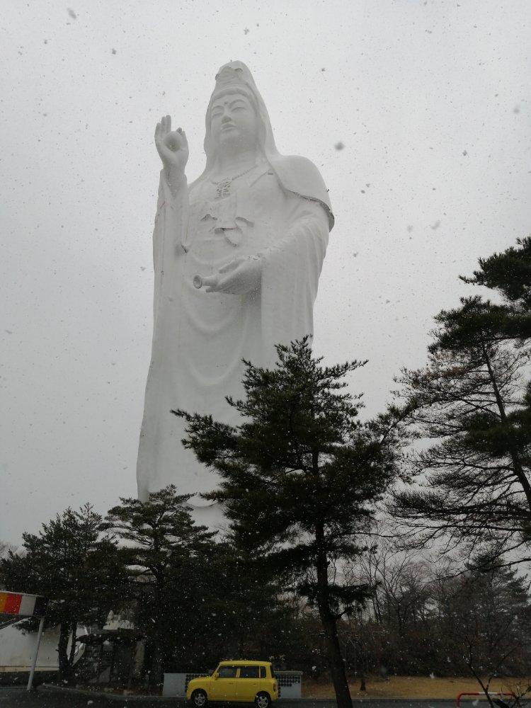 仙台大観音 冬