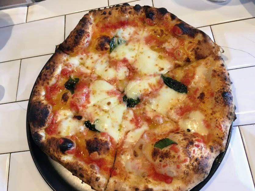 イルピッツァイオーロのピザ