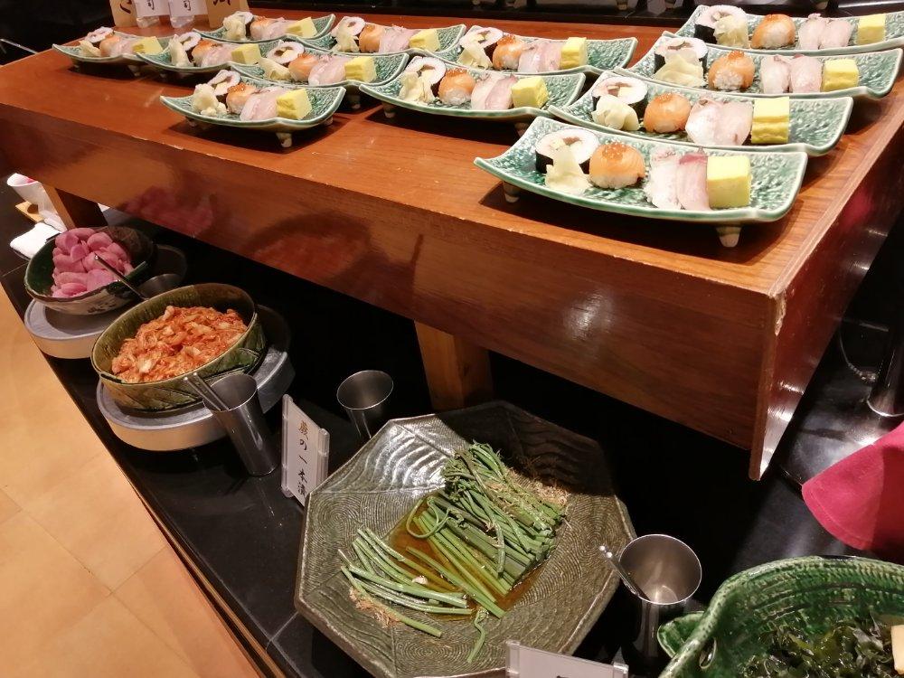 お寿司や漬物