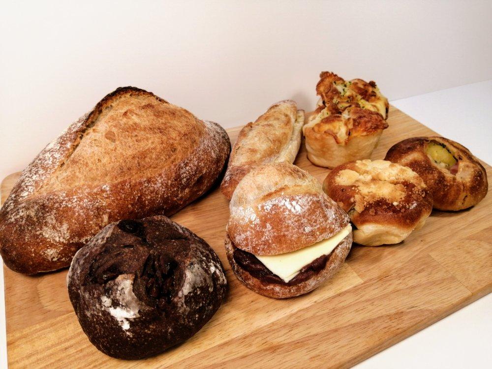 コヤギベーカリーの人気パン7種