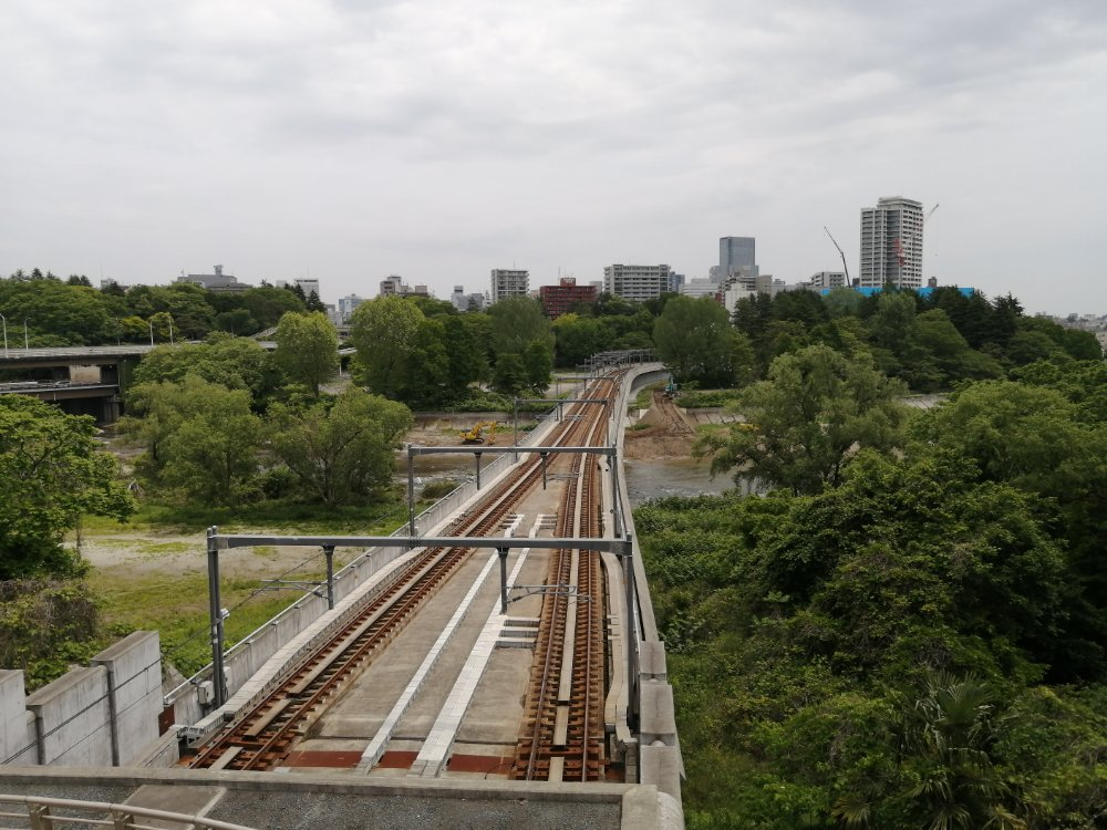 仙台国際センター駅の地下鉄