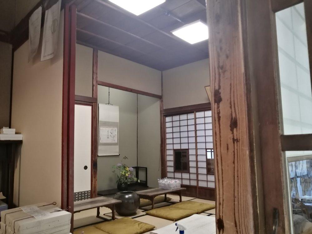 賣茶翁のイートイン茶室