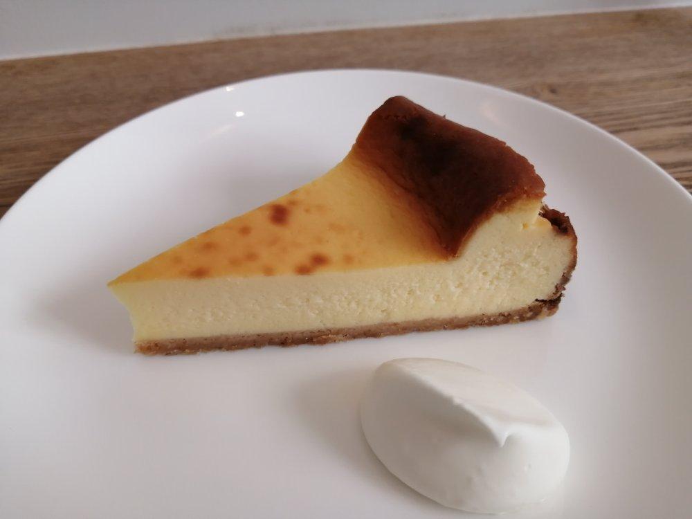 cafe haven't we met opusのチーズケーキ