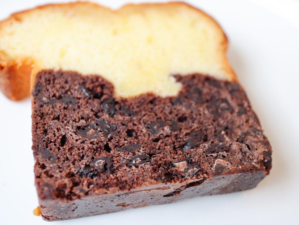チョコたっぷりパウンドケーキ