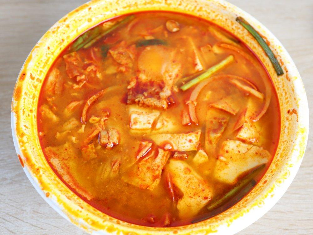韓国料理プヨのスンドゥブチゲ