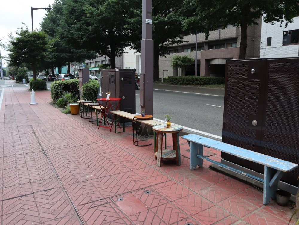 SENDAI COFFEE STANDの外テラス席