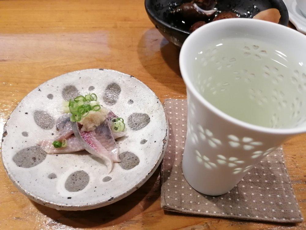 日本酒と鯵