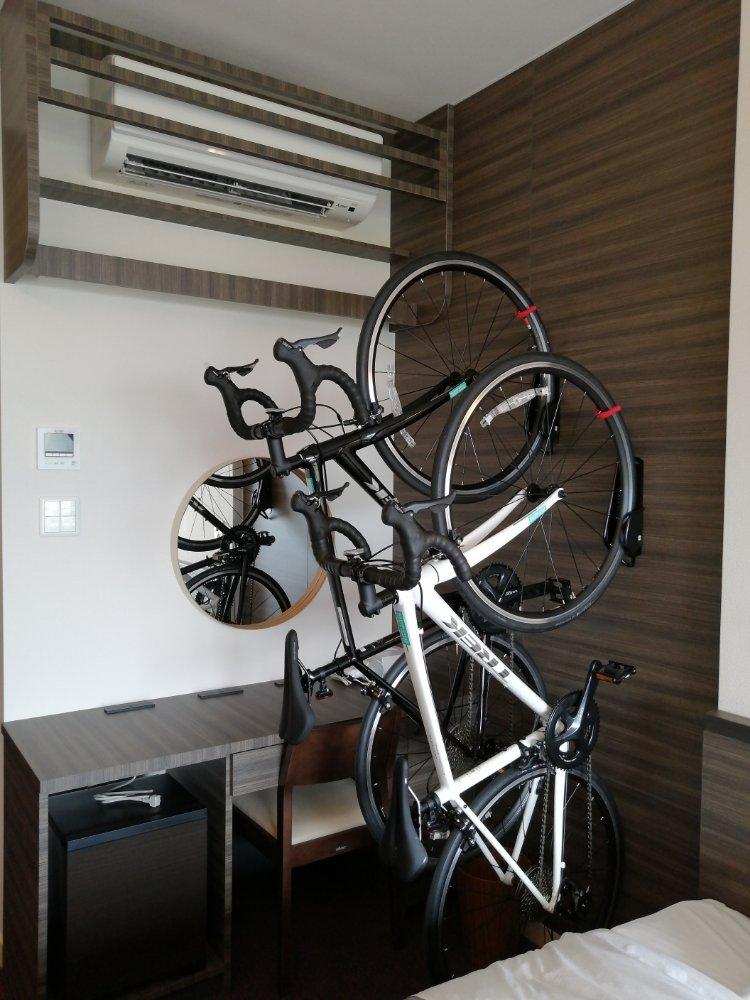 自転車と一緒に泊まれる宿