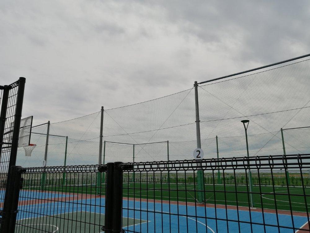 名取市サイクルスポーツセンター 3オン3コートとフットサル場