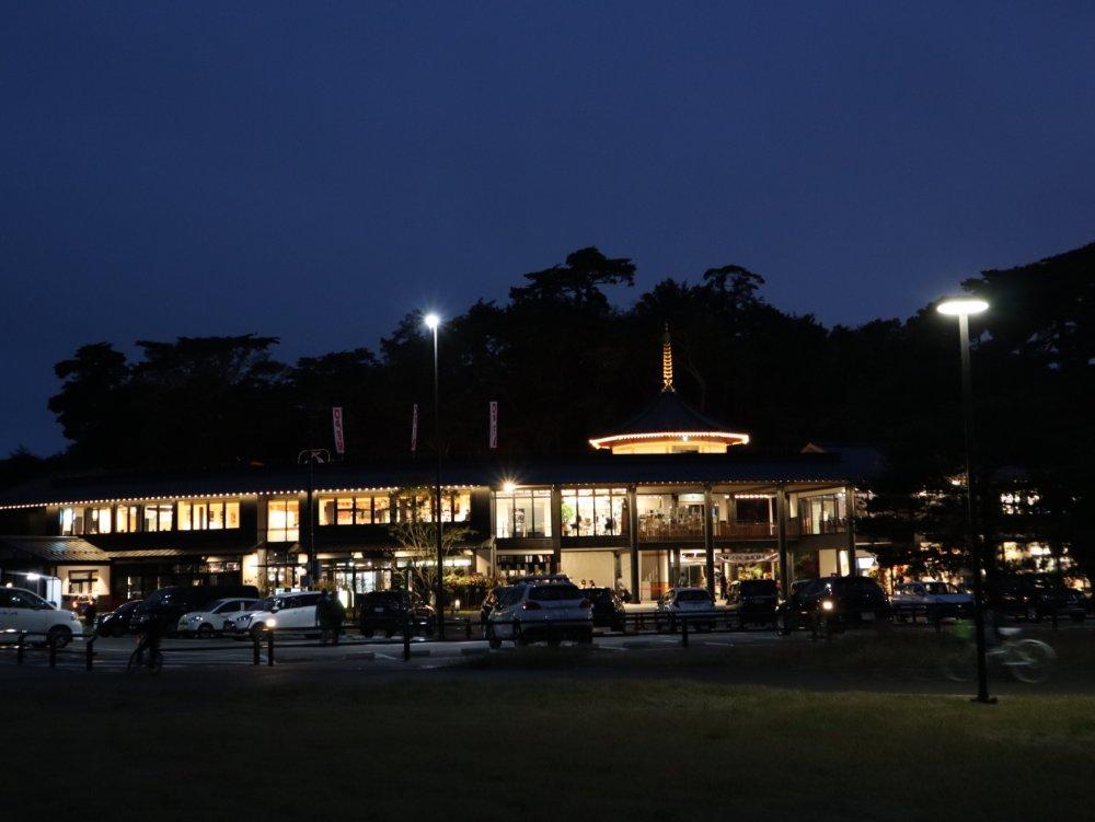 夜の松島離宮