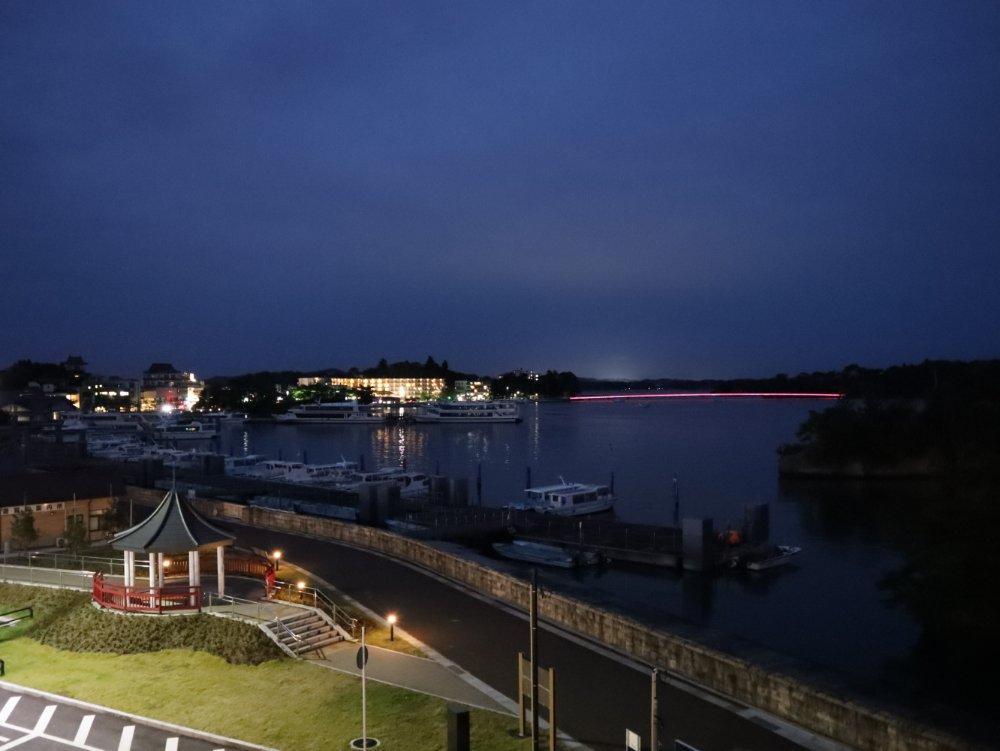夜の松島湾