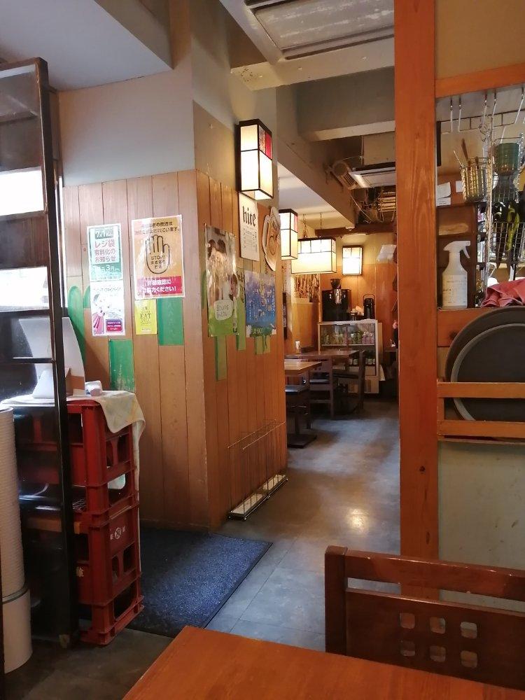 韓国の食堂のような雰囲気