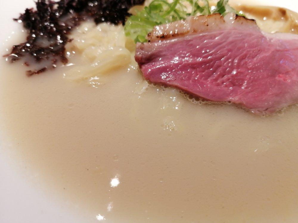 鴨白湯スープ