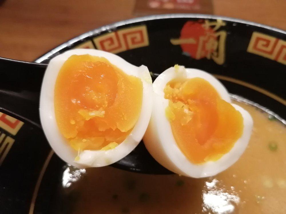 完熟気味の半熟卵