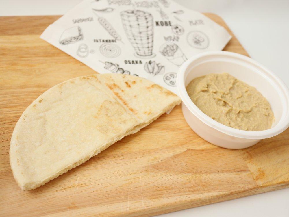 フムスとパン