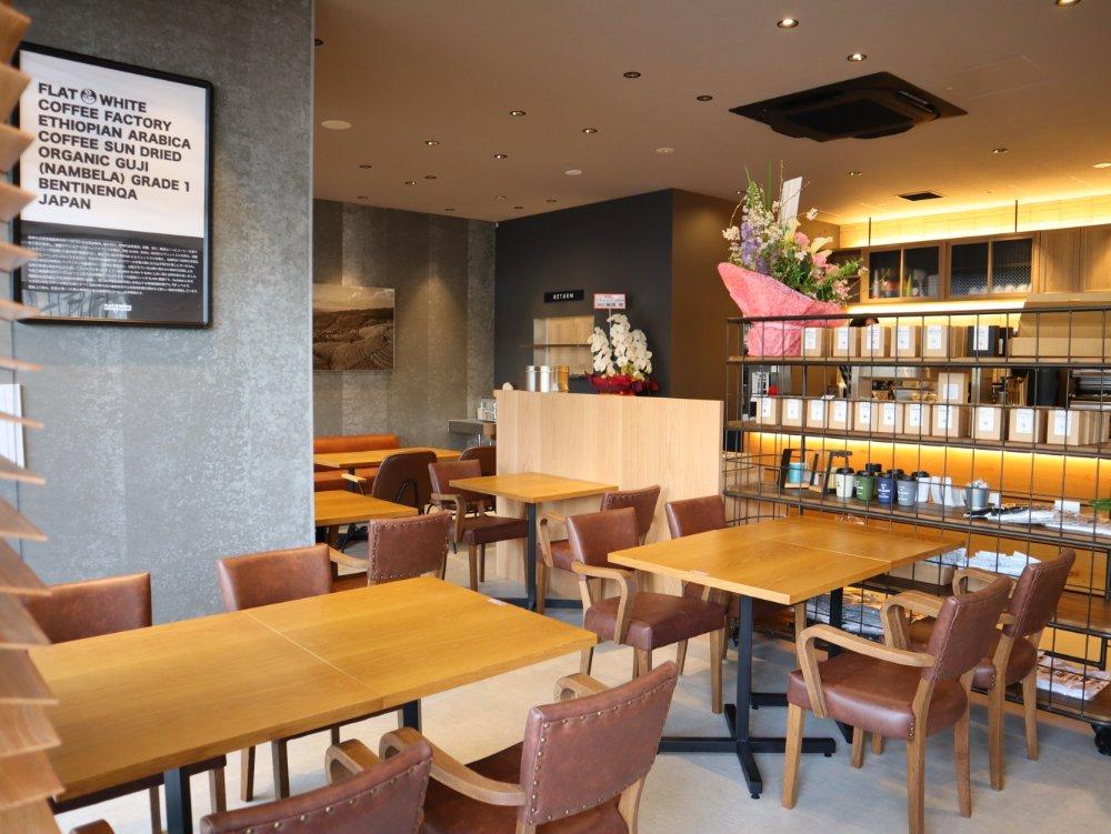 フラットホワイトコーヒー仙台長町店 店内