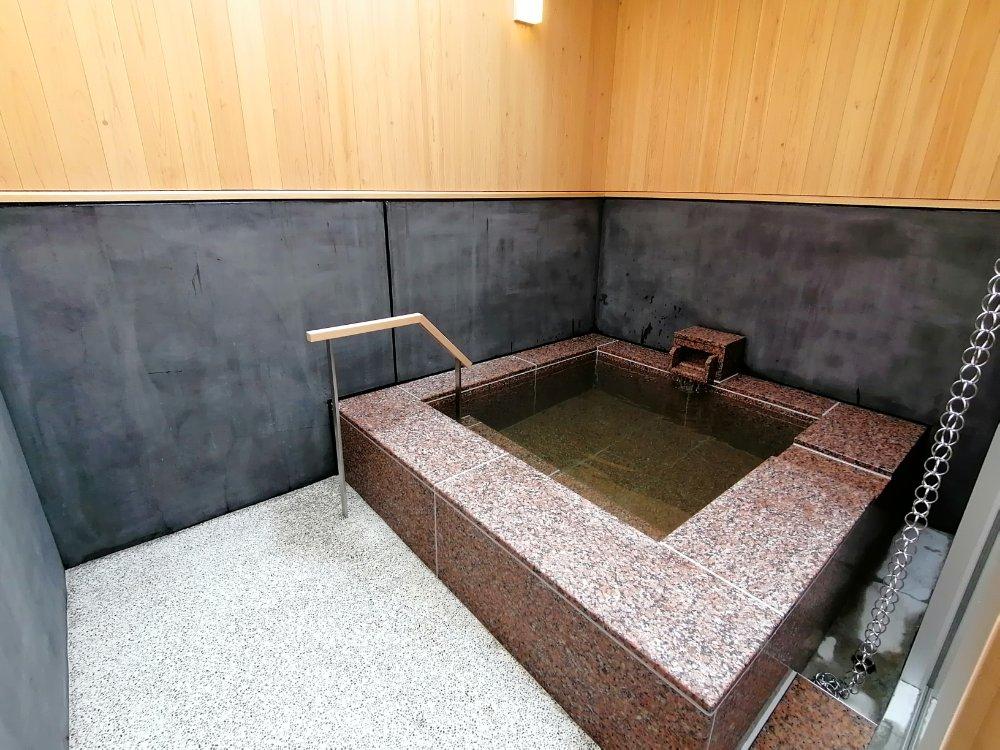 岩沼市 岩沼の湯 亀塚温泉 露天風呂