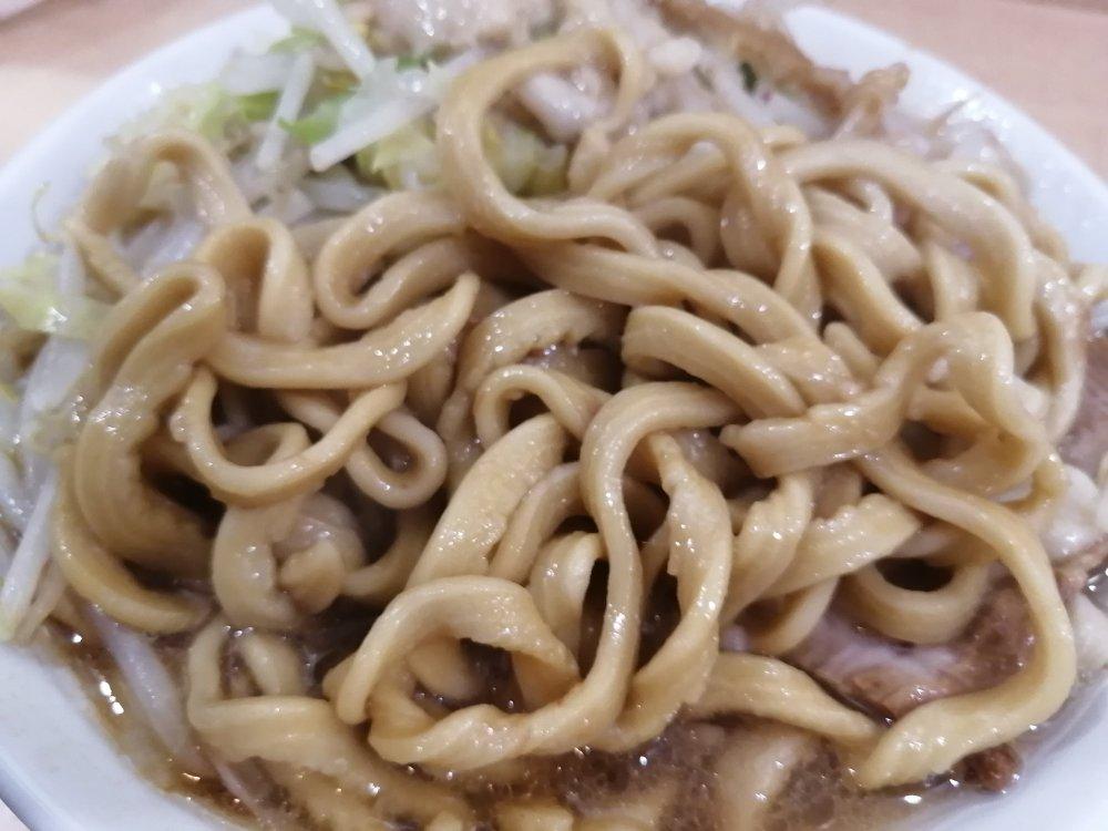 ラーメンジャパンの麺
