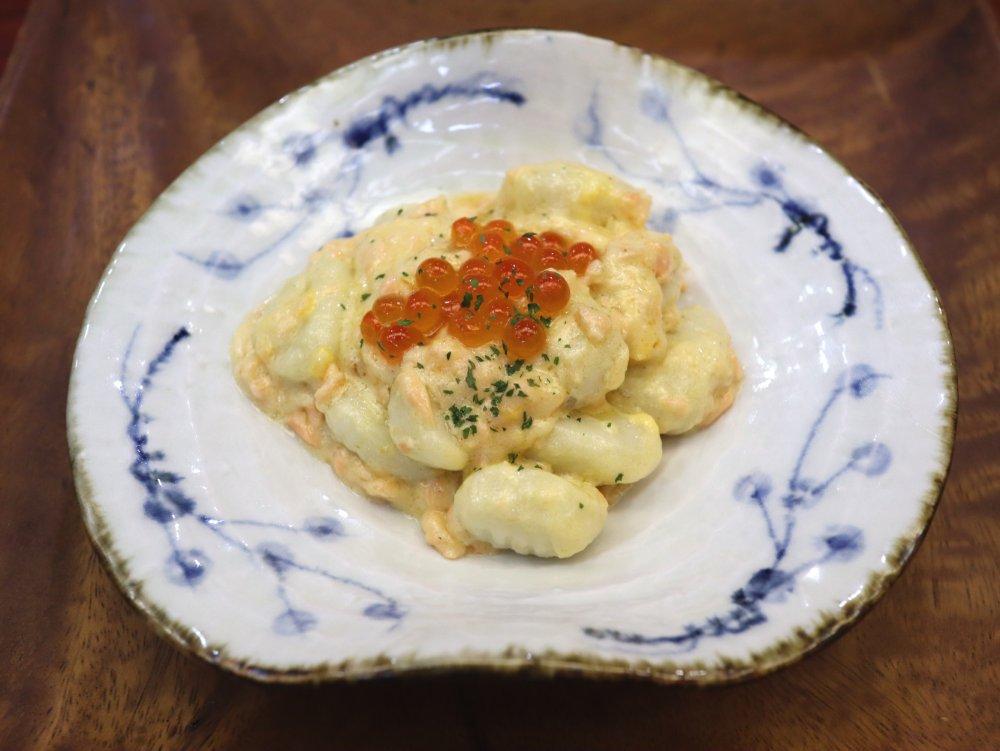 ニョッキ鮭ボナーラ