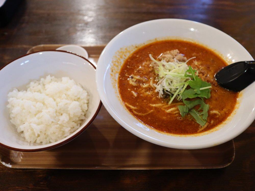麺香れんげの担々麺と追い飯
