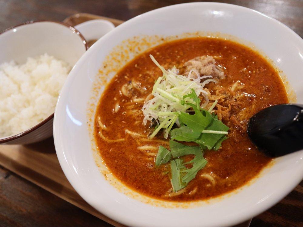 麺香れんげの担々麺