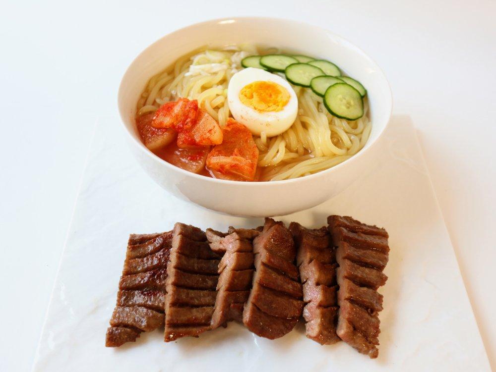 冷麺と牛タン