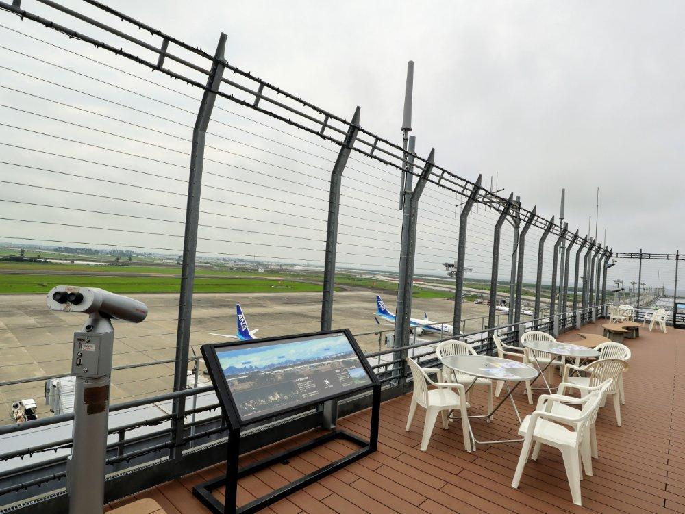 仙台国際空港屋上