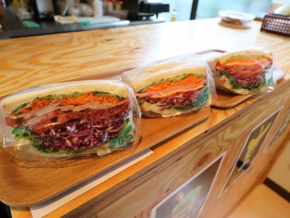 #05阿部青果店 自家製野菜サンド