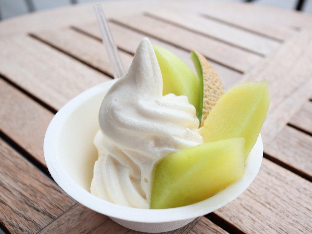 いたがき本店 静岡県産マスクメロンソフトクリーム