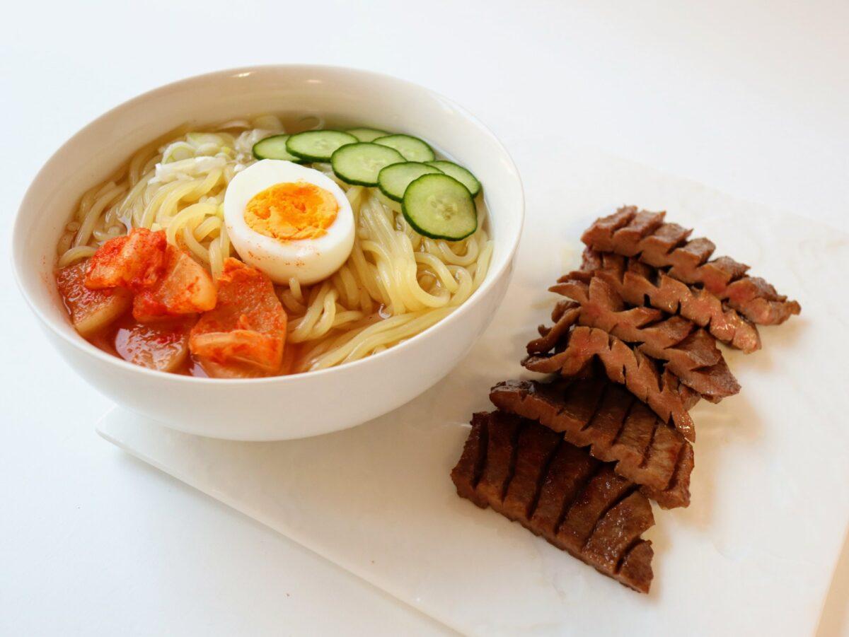 徳茂の牛タンと冷麺