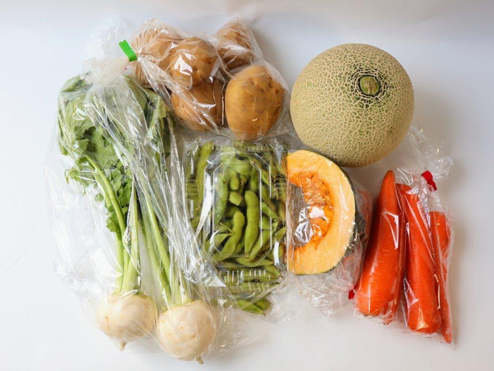 みやぎ生協の個人宅配で注文した野菜と果物