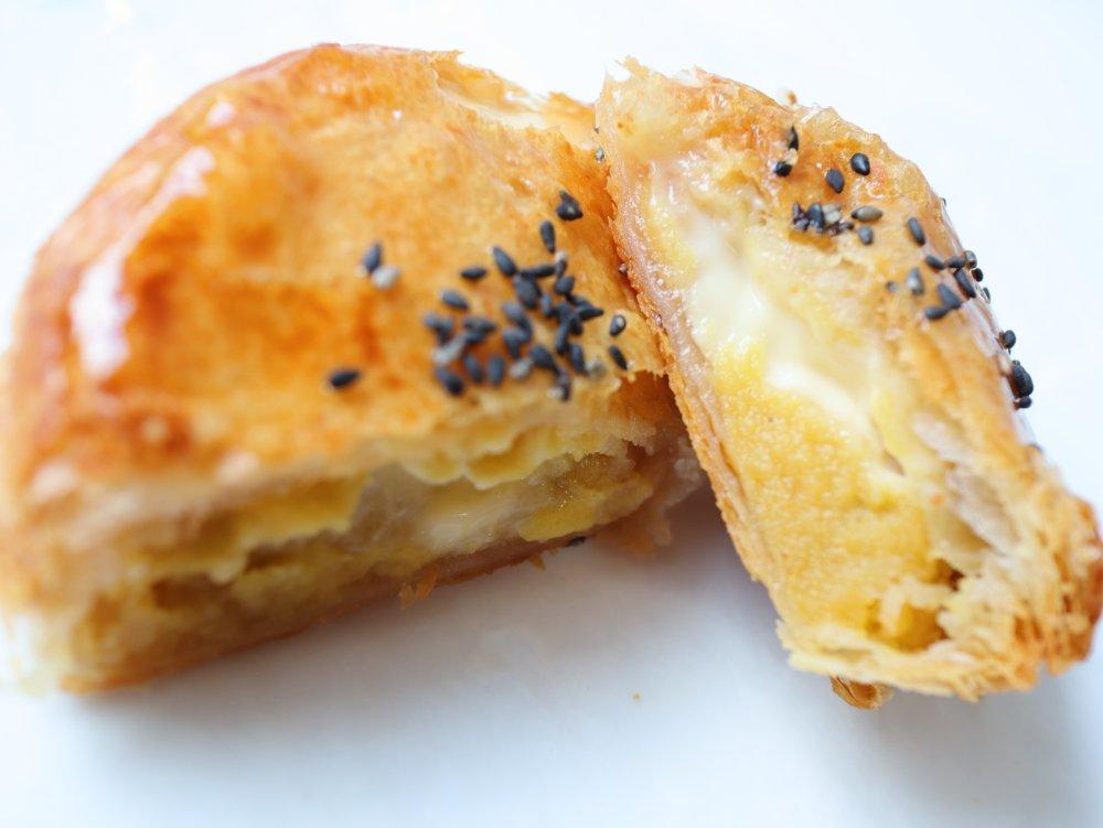 ringoの焼きたてカスタード安納芋アップルパイ