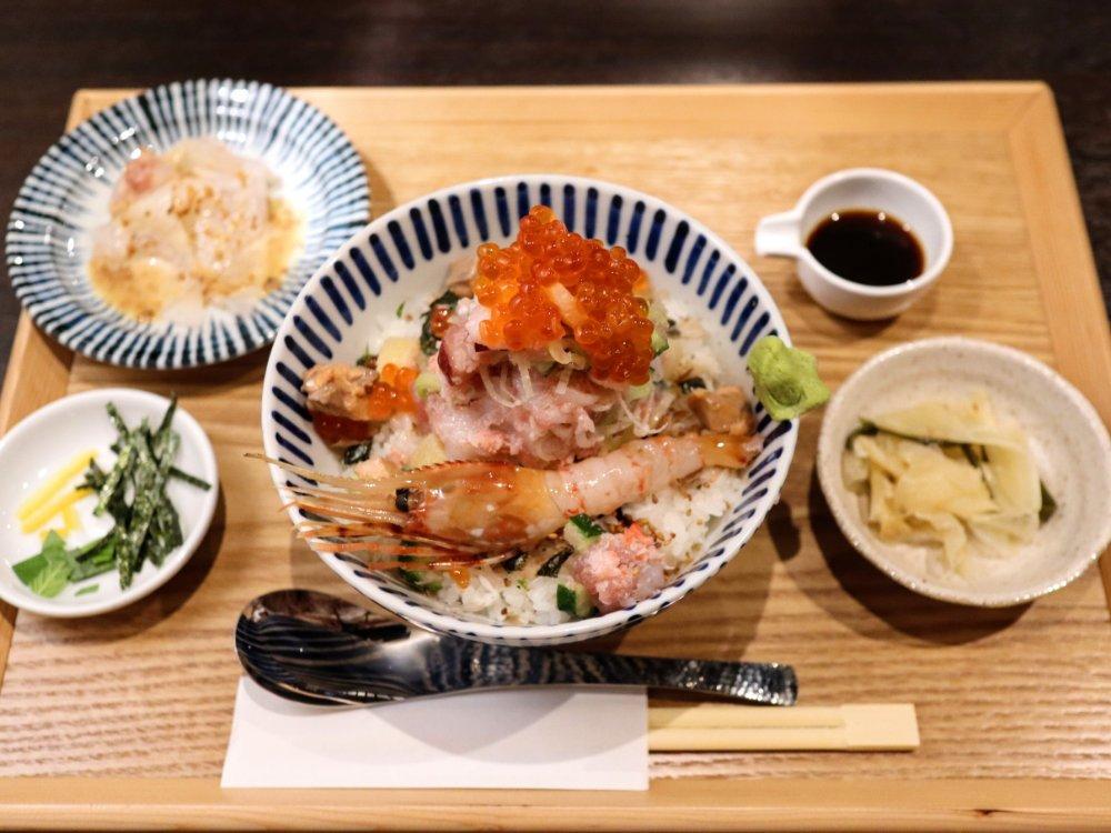 仙台の贅沢丼 閣
