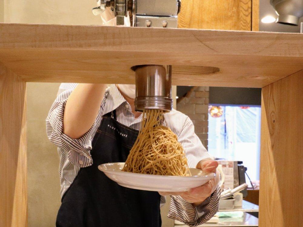 ブルーリーフカフェの生搾りモンブラン